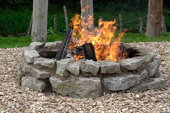 8 Tips For A Diy Stone Fire Pit
